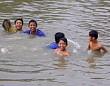 Khánh Hòa: Trẻ em và mối nguy hiểm sông nước rình rập