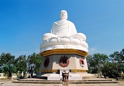 Chiêm bái tượng Kim thân Phật Tổ tại Nha Trang