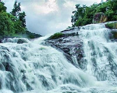 Khám phá suối Ba Li Nha Trang - Khánh Hòa