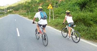 Tham quan Nha Trang - Đà Lạt bằng xe đạp