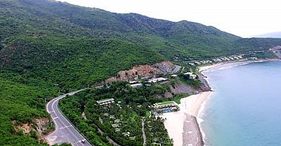Trạm dừng chân ở đèo Cù Hin Nha Trang