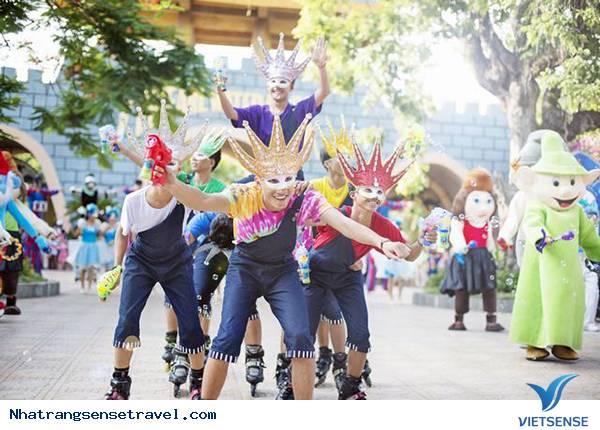 Nha Trang tưng bừng với lễ hội Carnival của Vinpearl Land